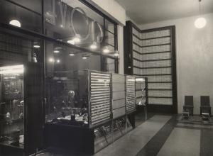 L'interno del negozio Giove progettato da Marino Lopopolo nel 1937